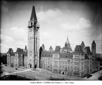 Centre Block - L'édifice du Centre, 1927