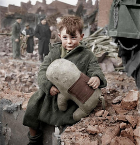 Lost Boy in London, 1945 (Photo credit: valdigtmycketfarg)