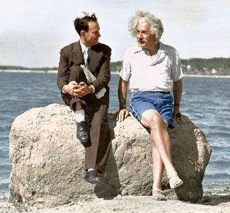Albert Einstein in Long Island, 1939 (Photo credit: Paul Edwards)