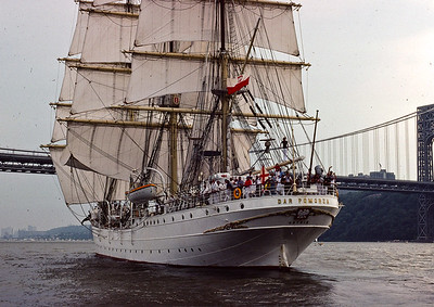 1976 Operation Sail - 16 Tall Ships