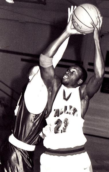 Otis Frazier 1990-2000