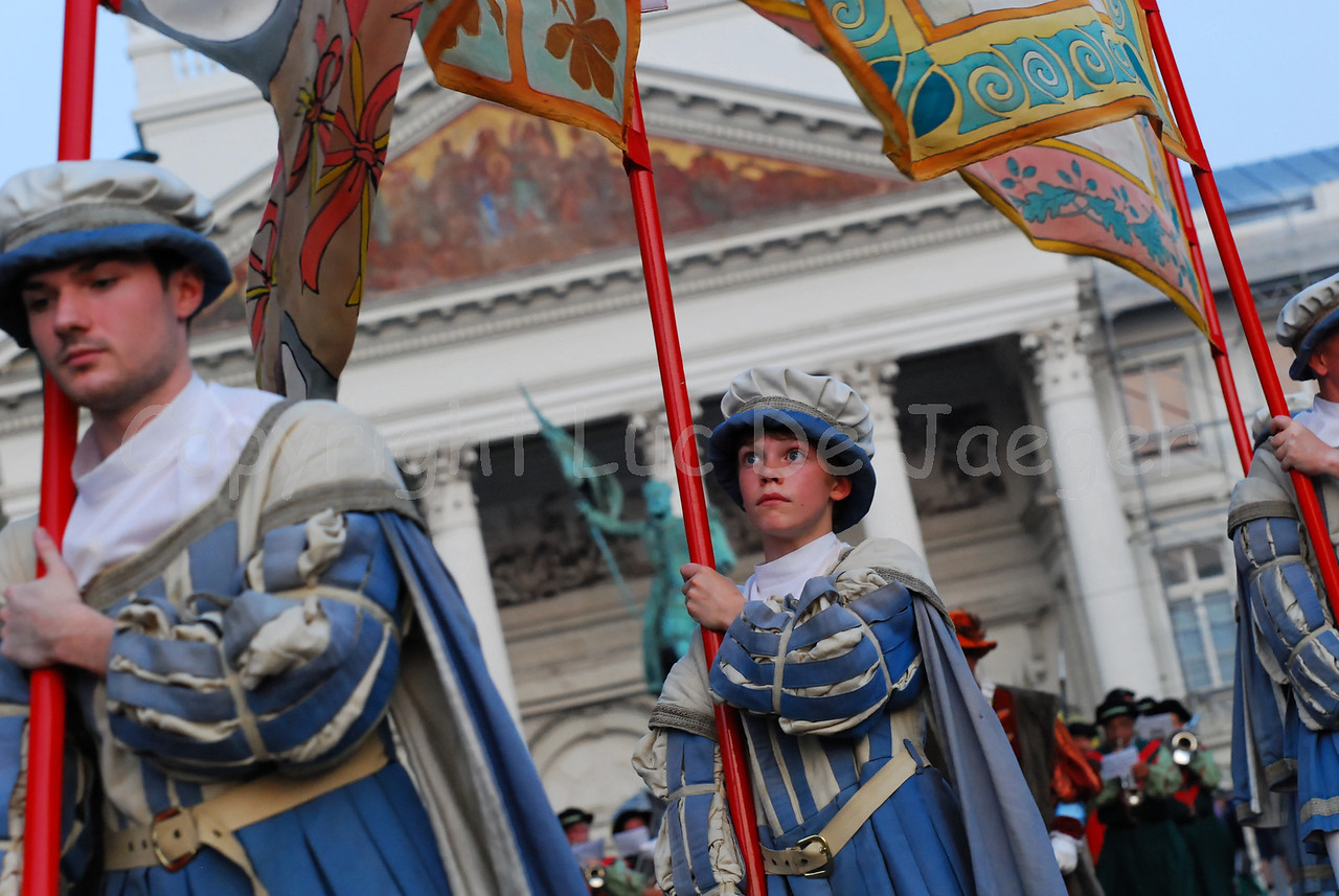 The Ommegang procession in Brussels (Brussel), Belgium takes about three quarters of an hour and is followed by a colorful spectacle on the Grand Place till late in the evening.