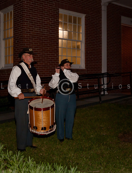 A fife and drum welcomed guests to a trip back in time.