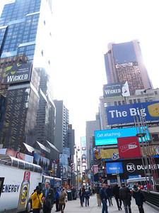 2013-0327c-NYC-Times-Square-Phantom