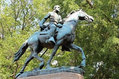 2016 05-20 Charlottesville Statue