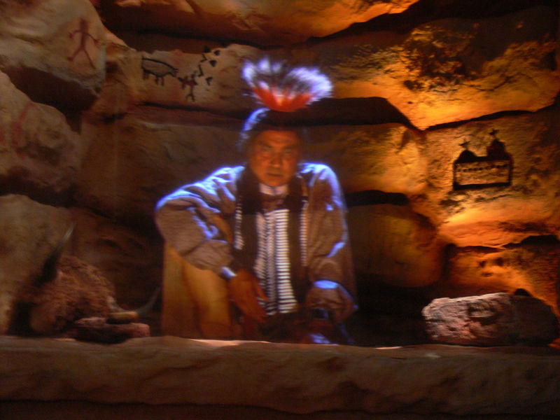 ESIHABITU - Visionary Comanche leader whose life went from fighting the white man to meeting the President in the White House.  This is a hologram. You can not see it if you use a flash,(see next picture).