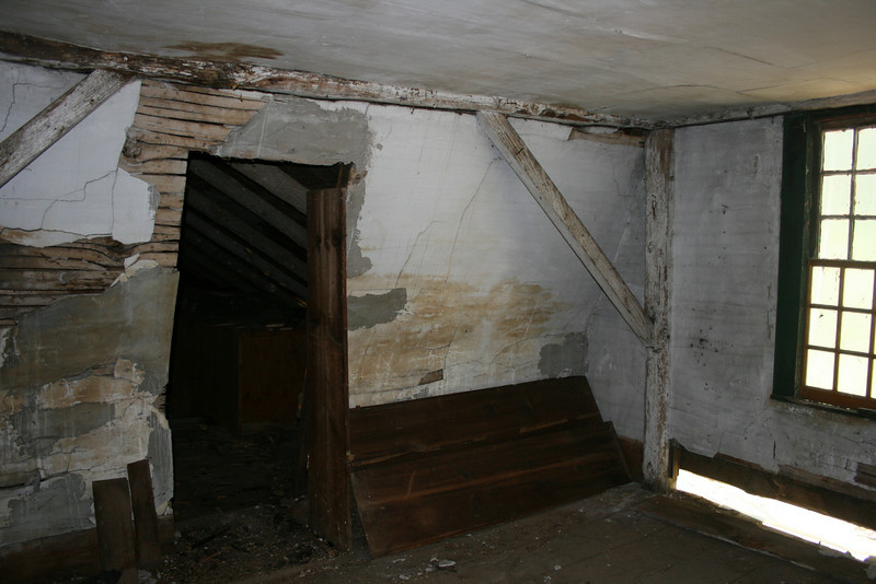 Up stairs bedroom hurricane braces 5-22-07