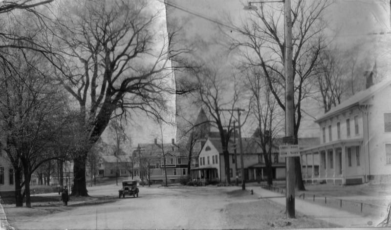 Feeding Hills Center 1929
