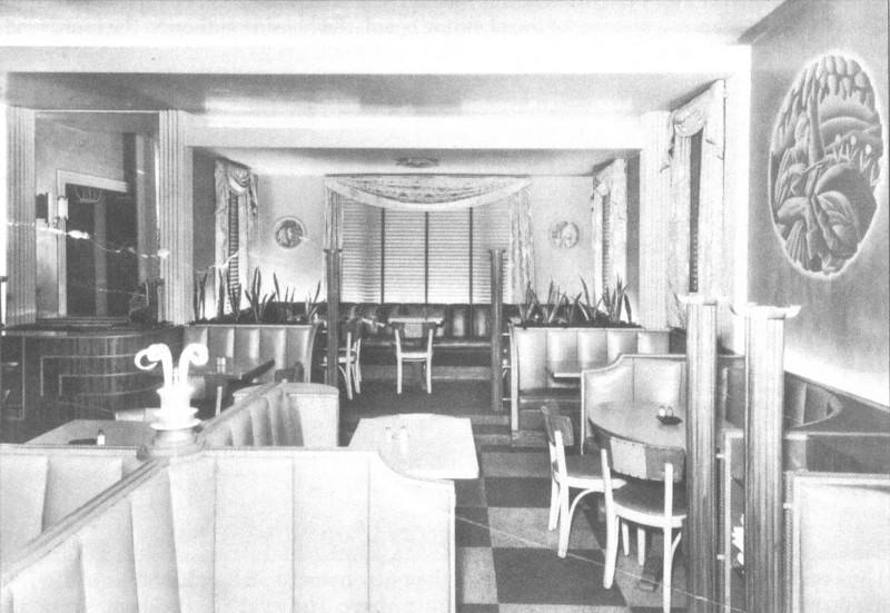 Agawam Tinti's Interior
