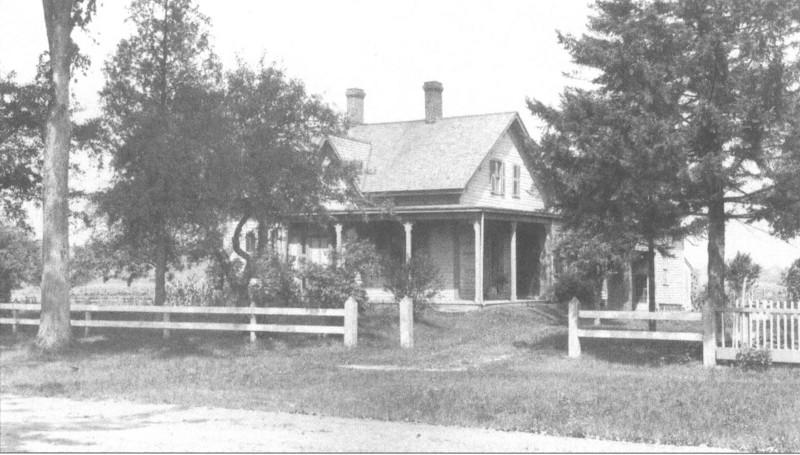 Agawam Houses 44 Elm St