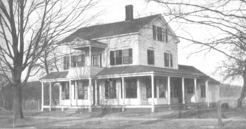 Agawam Houses 70 Elm St