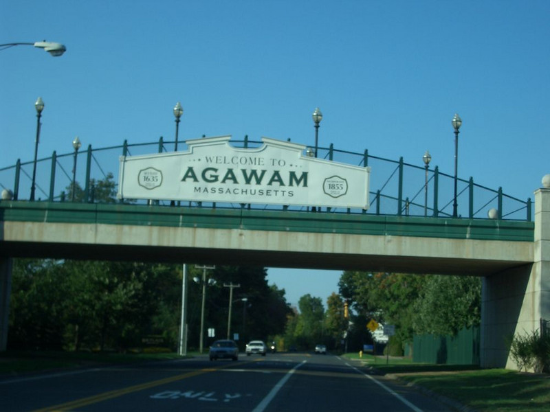 This is the Welcome to Agawam sign on the Six Flags pedestrain bridge over Route 159.  The parking entrance is on the left and people cross the bridge to enter the park.  The original Riverside entrance was just past this bridge on the right.