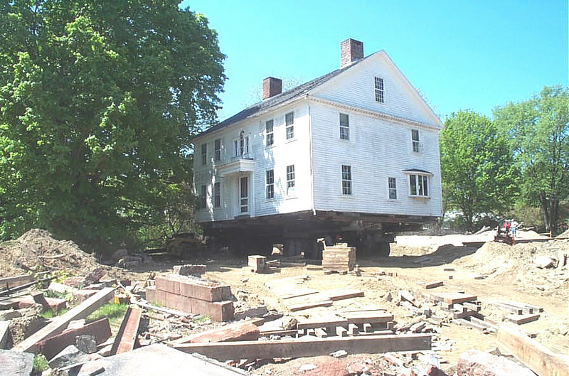 The Joseph Button House moving!