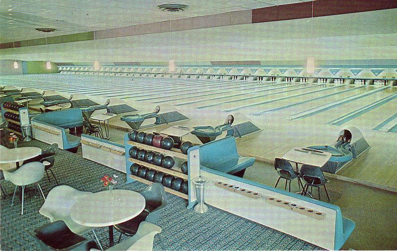 Agawam 10 Pin Bowling Lanes