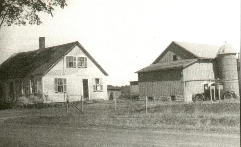 Agawam Leon Hale Farm 1924