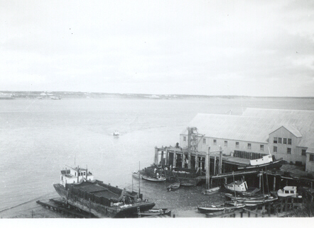 CRPA_1939_Naknek_cannery_power_scow_sailboats