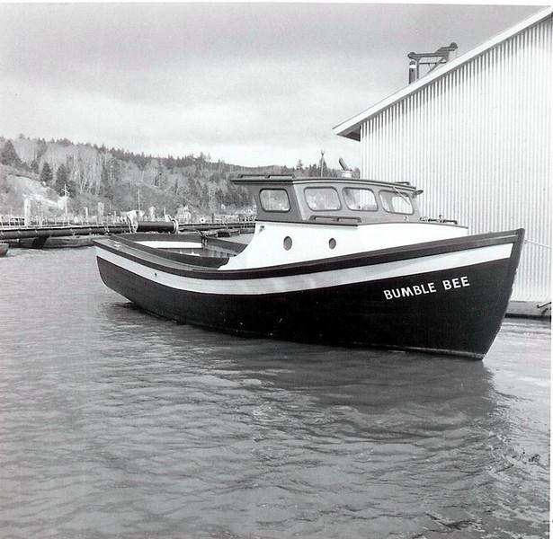 Bumble_Bee_Built_1958_CRPA_Shipyard_Astoria_First_Modern_Sternpicker_Built