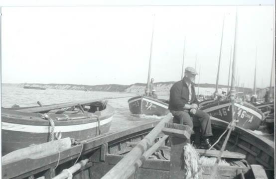 1946_CRPA_Trygve_Tetli_13_46_Naknek_sailboats