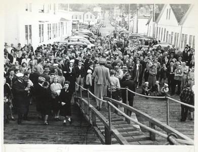 1946_Astoria_departure_for_Naknek_CRPA_sailboats