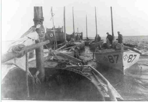 Diamond_J_87_Naknek_Bristol_bay_sailboats