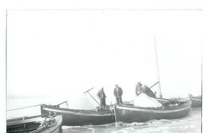 1946_Naknek_sailboats_Ragnar_Norgaard_Trygve_Tetli_17_8_25_2