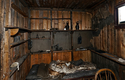 Scott's Bunk & Cabin, Cape Evans Hut