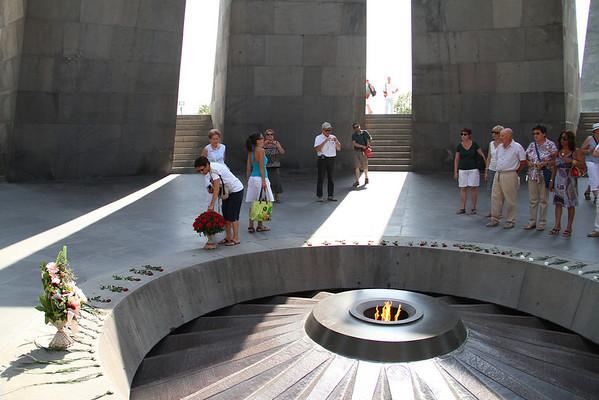 armenia 15 ago 326