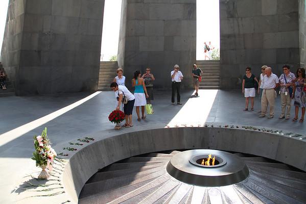 armenia 15 ago 324