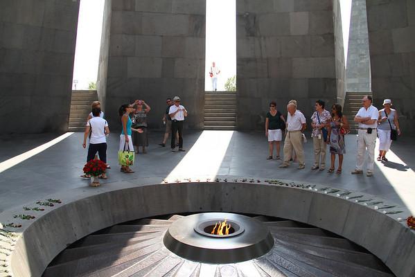 armenia 15 ago 327