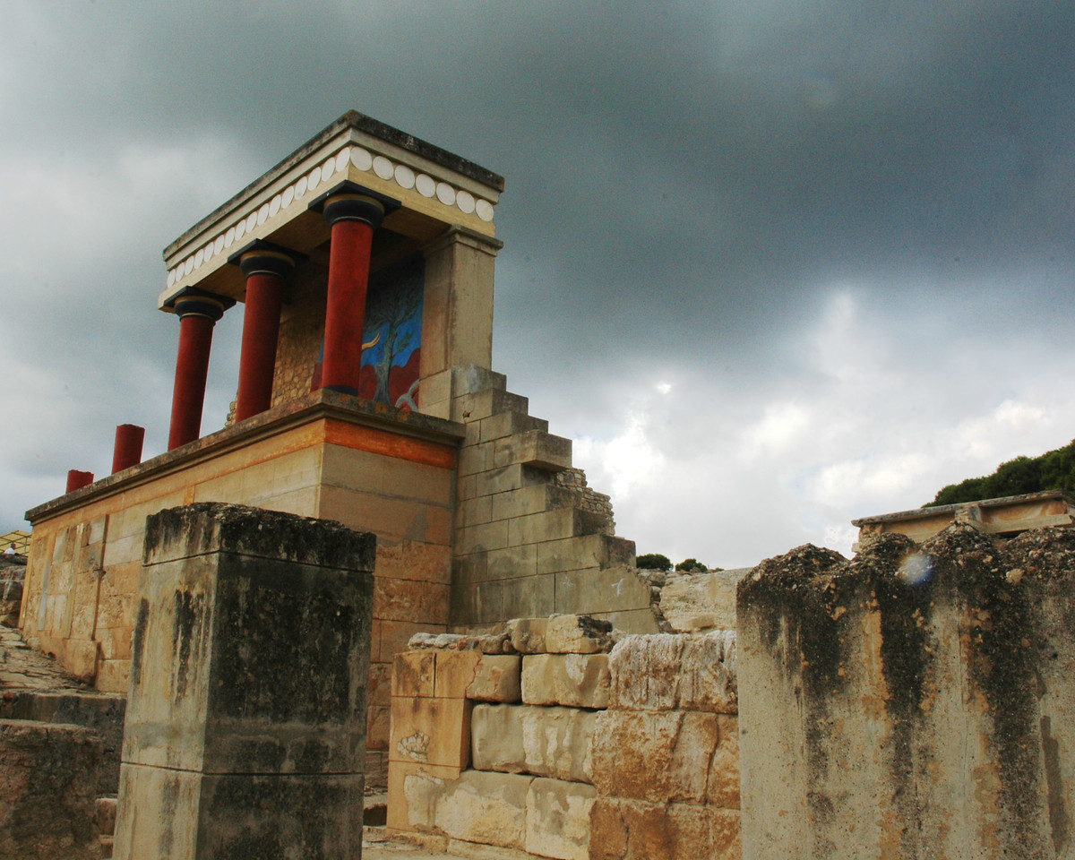 reconstructed portion of Knossos, Crete