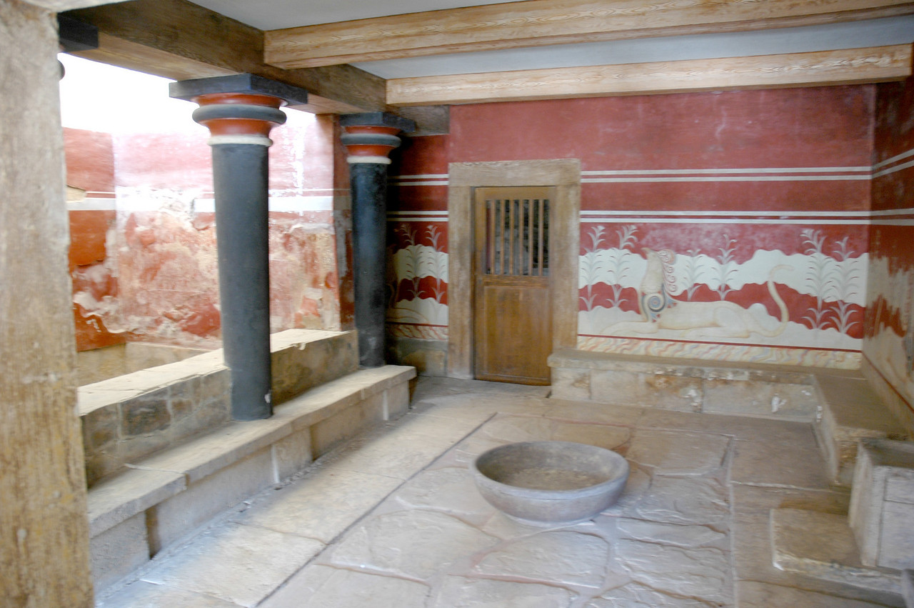 Palace of Knossos. Sir Aurthur Evans reconstruction of one of the rooms.