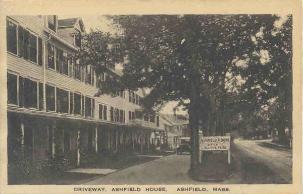 Ashfield Ashfield House Driveway