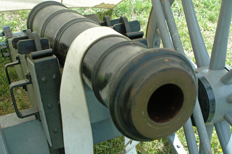 6 pounder cannon.