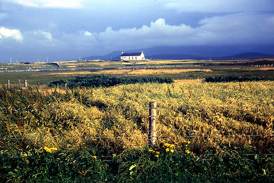 Ardkenneth, South Uist   08/69