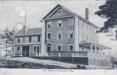 Blandford Pine Grove Inn
