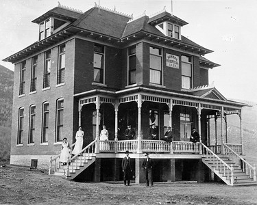 Miners Hospital, ca.1904 (Image: 1996-15-55, PCHS General Photographic Collection)