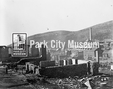 View from Park Avenue and 4th Street after the Great Fire of 1898 (Image: 1984-76-3, Leland Jerome Paxton Collection)