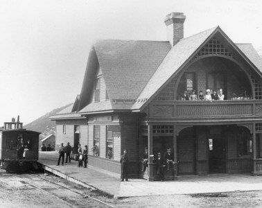 Union Pacific Railroad Depot, ca.1910s (Image: digi-3-67b, Jordanelle Special Service District Digital Collection)