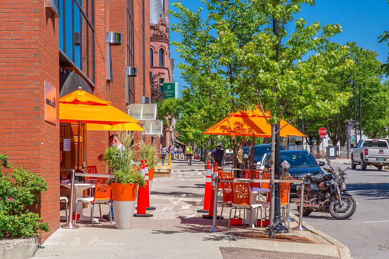 Sidewalk fine dining