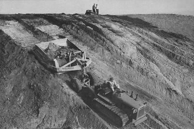 1940-04-CAHiPub-9a.jpg
