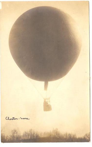 Chester Balloon in Flight
