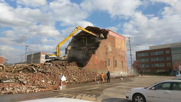 Citizens Transfer & Storage Building Demolition - Parkersburg, WV - 25 Nov. '17