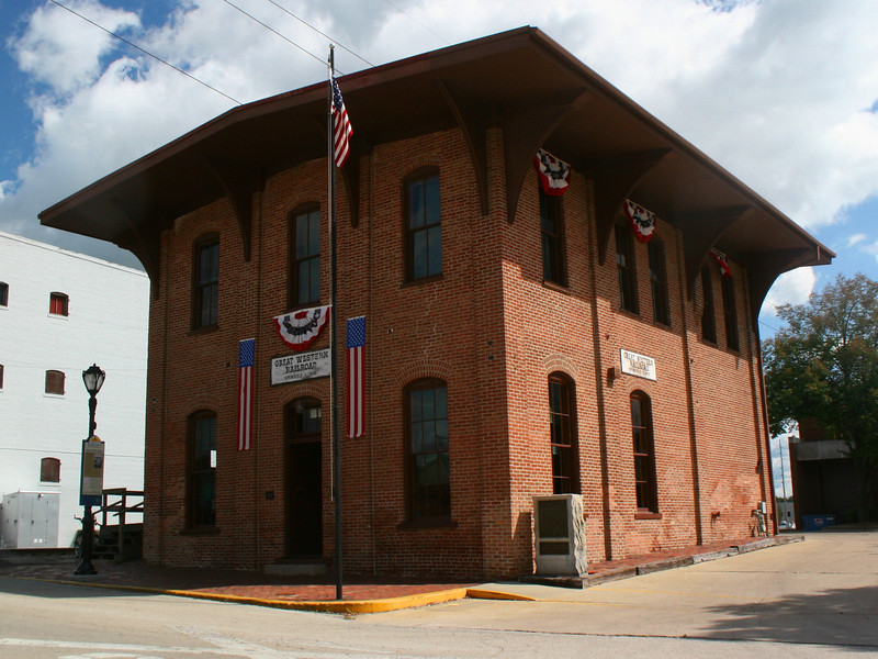 Great Western (Lincoln) Depot - Lincoln passed through this building on two important occasions.  The first, on February 11, 1861, saw him leaving for an uncertain future as President of a country falling apart.  The second, he returned a martyr, a savior who had successfully guided the United States through its darkest hours and paid the ultimate sacrifice for his service.