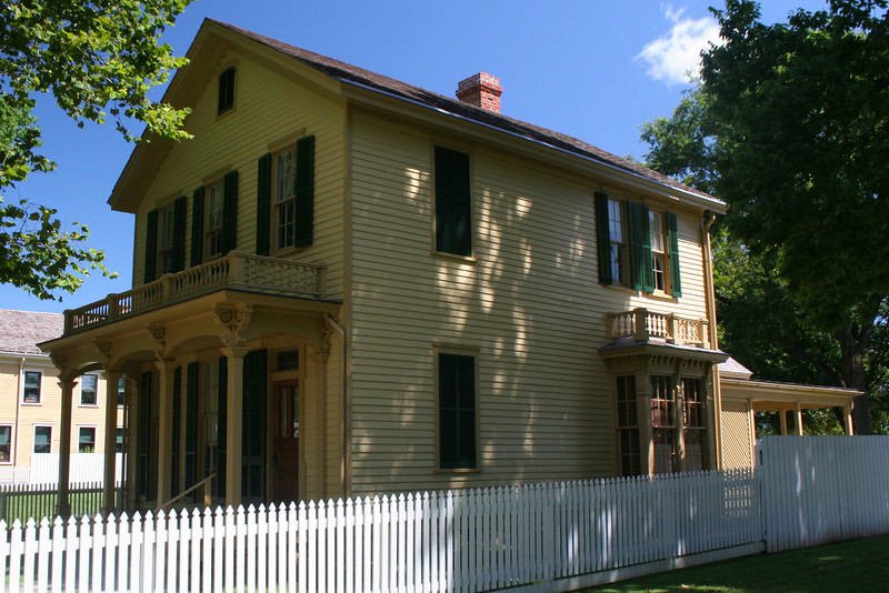 Henson Robinson (ca. 1863-66) - This home technically didn't exist during Lincoln's time in Springfield.  It was built by Robinson who at the time owned a business selling stoves and furnaces.  During the Civil War he was also a supplier of cups and plates to Union troops.