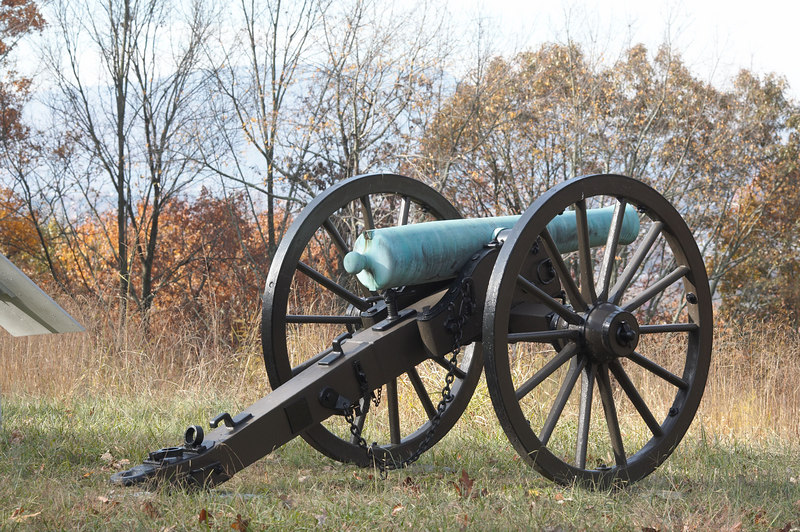 Cleburne's Division of Hardee's Corps holds the Tunnel Hill area of Missionary Ridge. The Confederate right flank, Hardee's Corps, holds their position until the collapse of the center and Confederate left from the assault of the Army of the Cumberland.