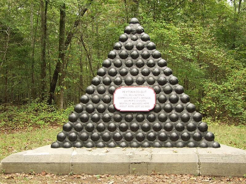 Colquit Monument 01-e
