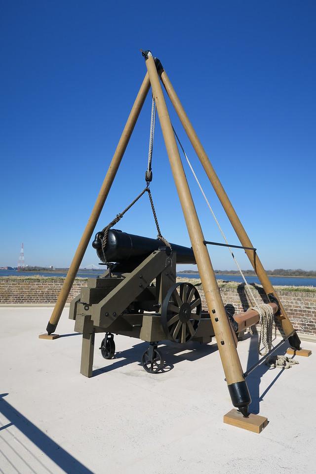 Cannon Hoist