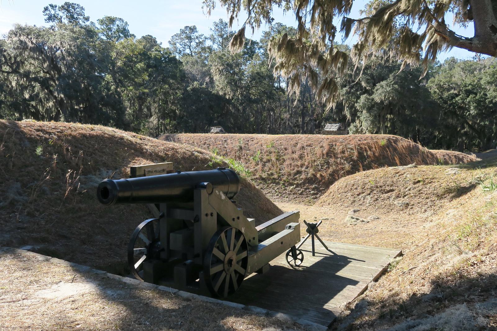 32-Pounder Cannon