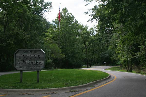 Lincoln's New Salem Entrance