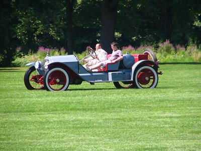 Race 3 - 1914 Stutz Bearcat (winner)